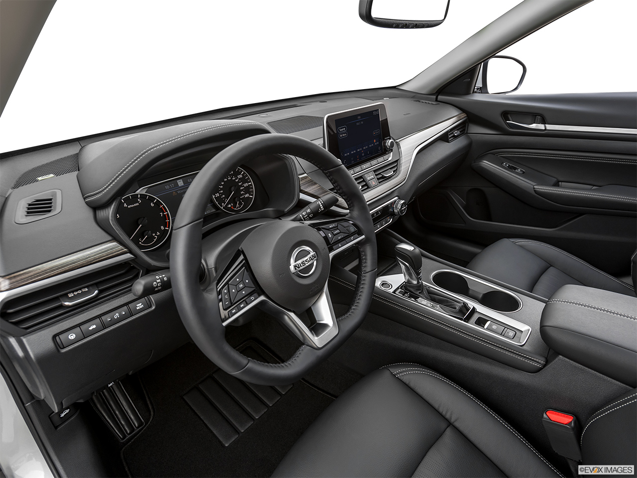 2019 Altima interior 1 - أسعار سيارات نيسان التيما 2021 في الأمارات