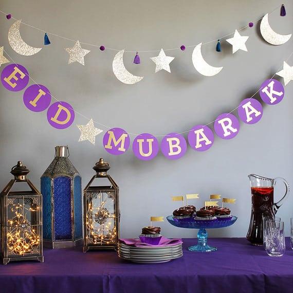 eid crescent star garland sq - أفكار للأحتفال بالعيد في المنزل