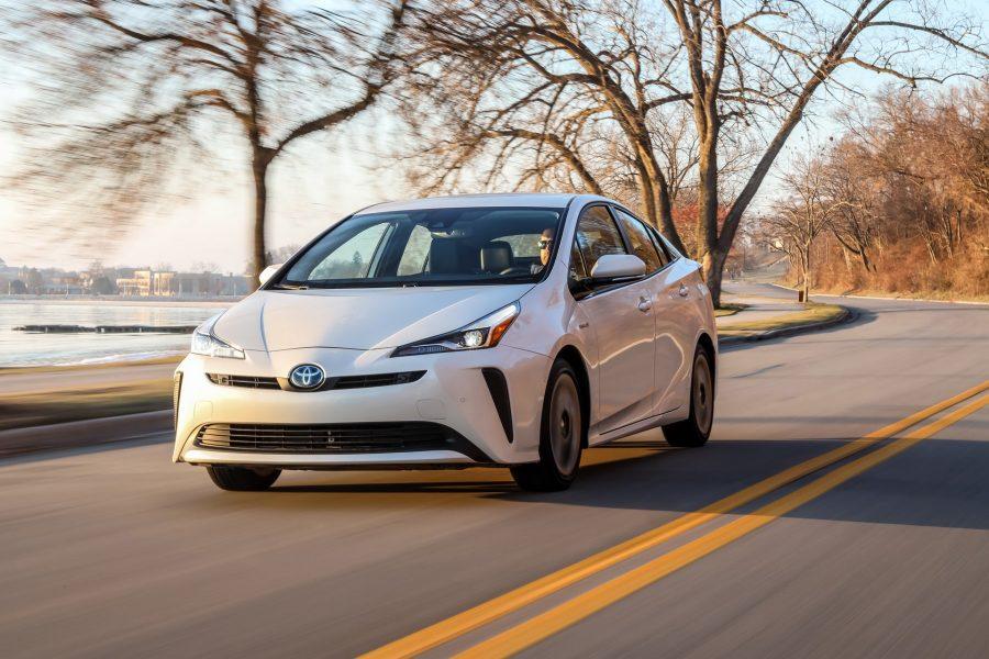 سيارات تويوتا بريوس 2022 في الأمارات - أسعار سيارات تويوتا بريوس 2022 في الأمارات
